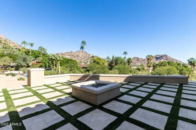 Photo of 7320 N BROOKVIEW Way, Paradise Valley, AZ 85253