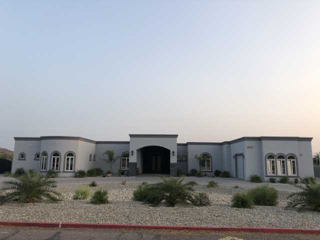 Photo of 6961 W HATFIELD Road, Peoria, AZ 85383
