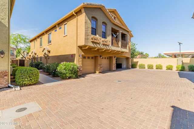 Photo of 2150 E BELL Road #1013, Phoenix, AZ 85022