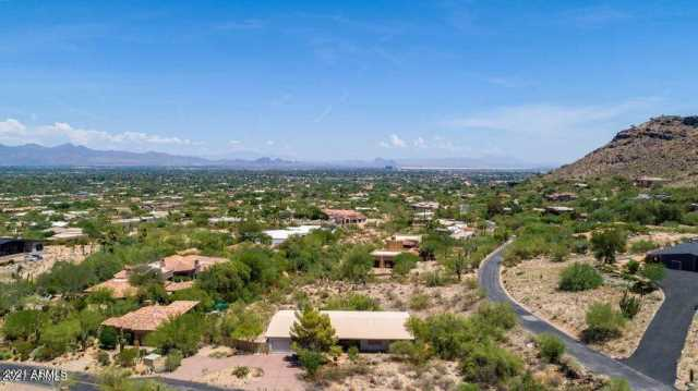 Photo of 5848 E Hummingbird Lane, Paradise Valley, AZ 85253