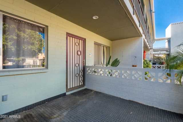 Photo of 1702 W TUCKEY Lane #115, Phoenix, AZ 85015
