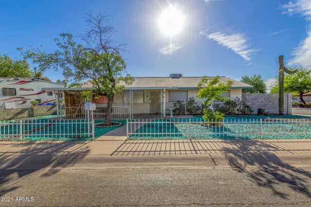 Photo of 8 S PUEBLO Street, Gilbert, AZ 85233