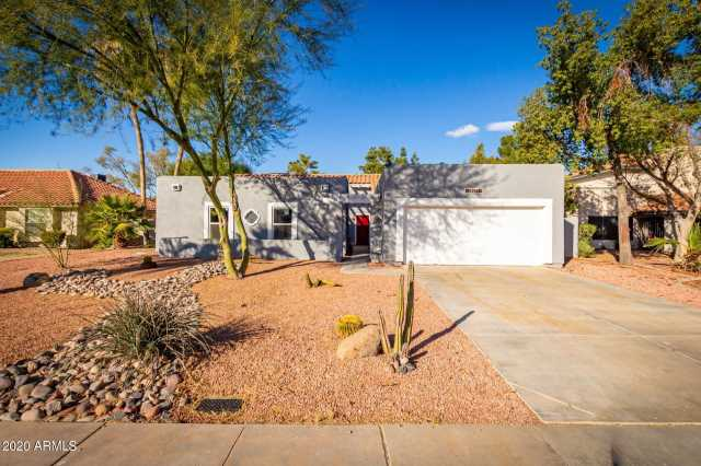 Photo of 1948 E LOS ARBOLES Drive, Tempe, AZ 85284