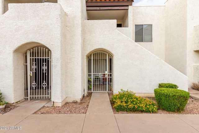 Photo of 4730 W NORTHERN Avenue #1137, Glendale, AZ 85301