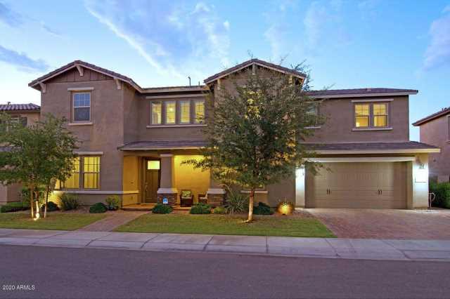 Photo of 942 W KAIBAB Drive, Chandler, AZ 85248