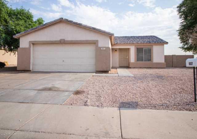 Photo of 807 E LONG Avenue, Buckeye, AZ 85326