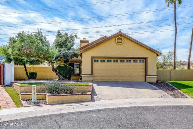 Photo of 1413 E ROSEMONTE Drive, Phoenix, AZ 85024