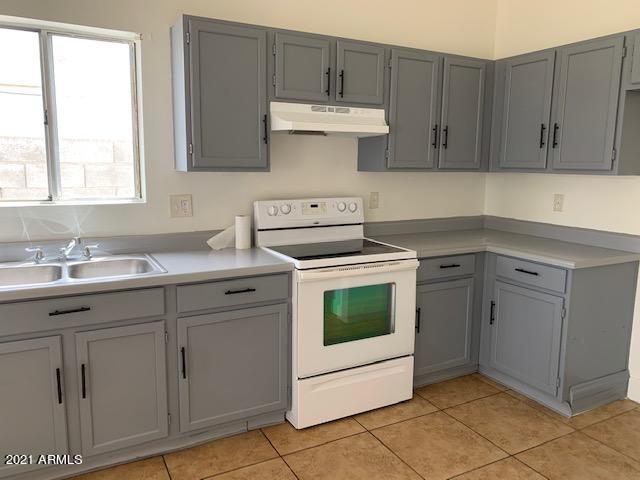 Photo of 9818 E BIRCHWOOD Avenue, Mesa, AZ 85208