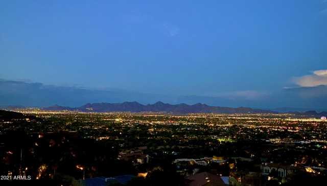 Photo of 6025 E CHOLLA Lane, Paradise Valley, AZ 85253