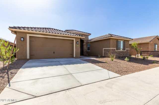 Photo of 18323 W Sandlewood Drive, Goodyear, AZ 85338