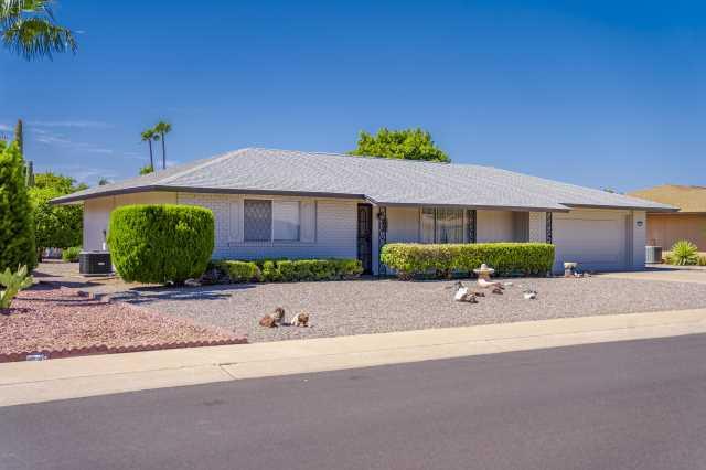 Photo of 9729 W HUTTON Drive, Sun City, AZ 85351