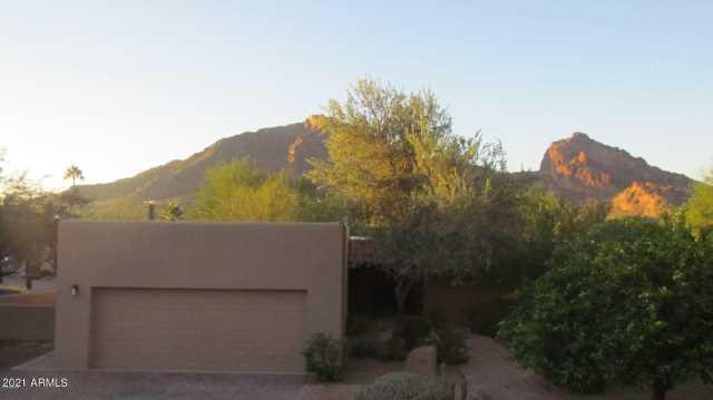 Photo of 5434 E LINCOLN Drive #23, Paradise Valley, AZ 85253