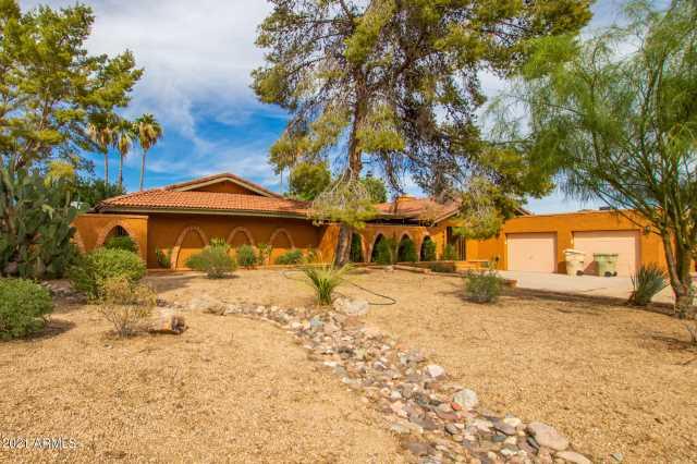 Photo of 6916 W Villa Theresa Drive, Glendale, AZ 85308