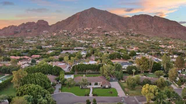 Photo of 5450 E ARCADIA Lane, Phoenix, AZ 85018