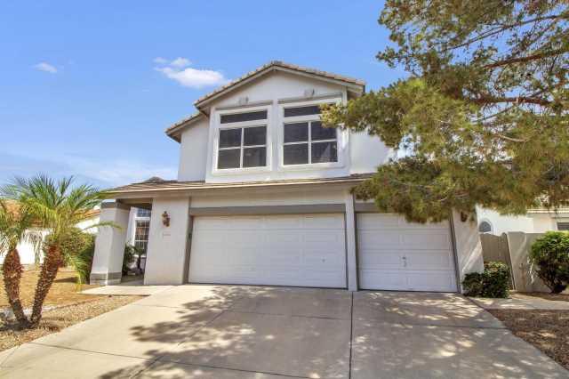 Photo of 6914 W ESCUDA Drive, Glendale, AZ 85308