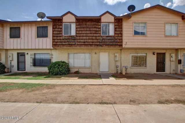 Photo of 3605 W BETHANY HOME Road #17, Phoenix, AZ 85019