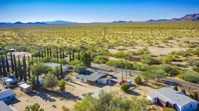 Photo of 23905 W COLEMAN Drive, Congress, AZ 85332