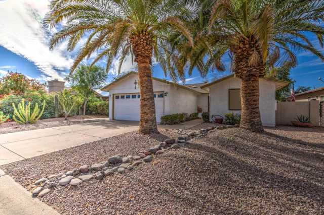 Photo of 26618 S Pear Tree Drive, Sun Lakes, AZ 85248