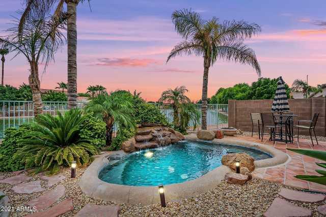 Photo of 11134 W WINDSOR Avenue, Avondale, AZ 85392
