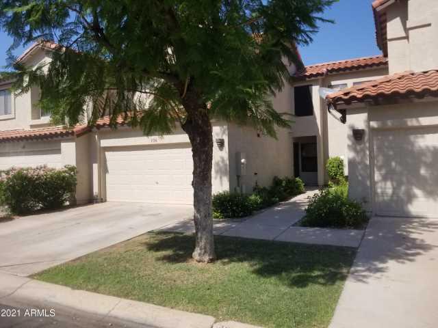 Photo of 1136 W WINDJAMMER Drive, Gilbert, AZ 85233