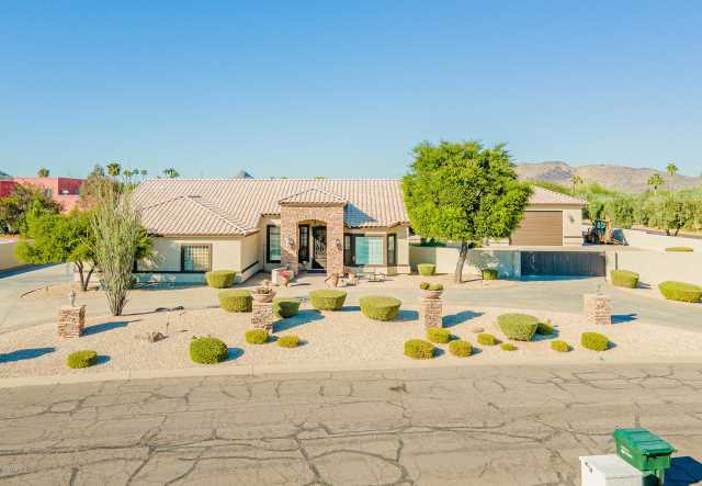Photo of 5102 W SOFT WIND Drive, Glendale, AZ 85310