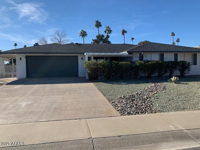 Photo of 15414 N BOWLING GREEN Drive, Sun City, AZ 85351