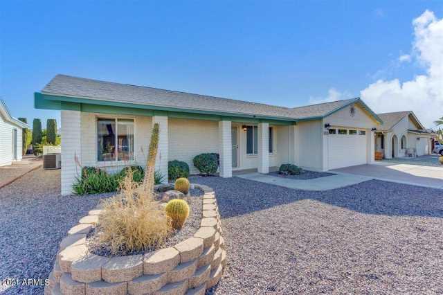Photo of 8253 E EMELITA Avenue, Mesa, AZ 85208