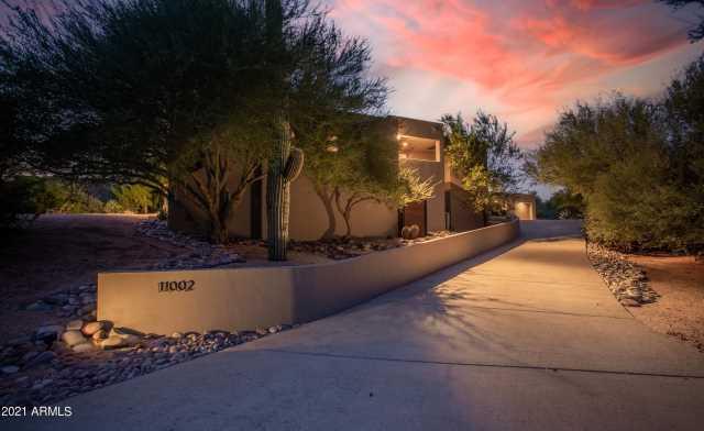 Photo of 11002 E LOVING TREE Lane, Scottsdale, AZ 85262