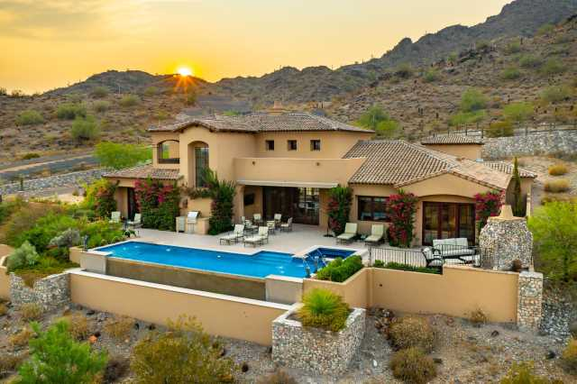 Photo of 6775 N 39TH Place, Paradise Valley, AZ 85253