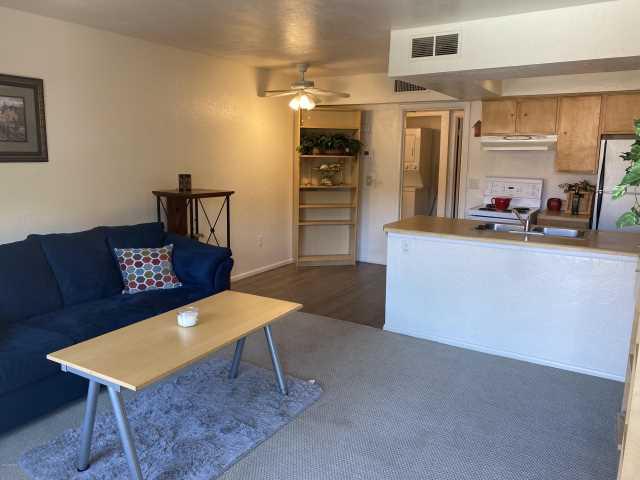 Photo of 461 W HOLMES Avenue #208, Mesa, AZ 85210