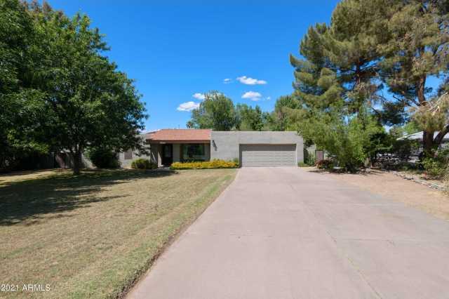 Photo of 1022 E BUENA VISTA Drive, Tempe, AZ 85284