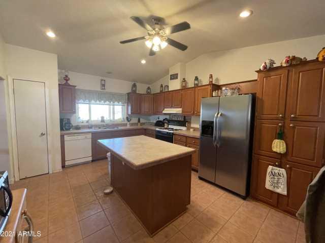 Photo of 46228 W Trotter Road, Wickenburg, AZ 85390