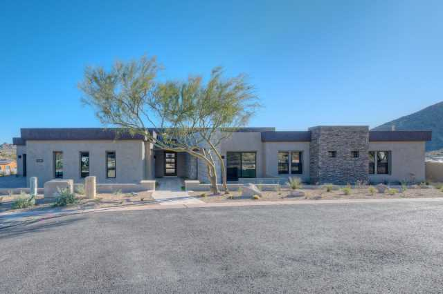 Photo of 3637 W MULHOLLAND Drive, Phoenix, AZ 85083