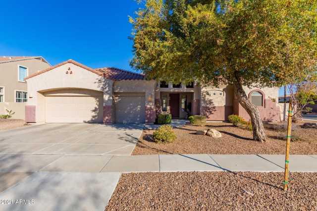 Photo of 274 W BLUEBIRD Drive, Chandler, AZ 85286