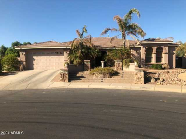Photo of 15512 W DESERT MIRAGE Drive, Surprise, AZ 85379