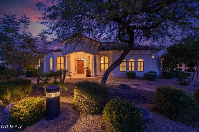 Photo of 700 N DOBSON Road #49, Chandler, AZ 85224