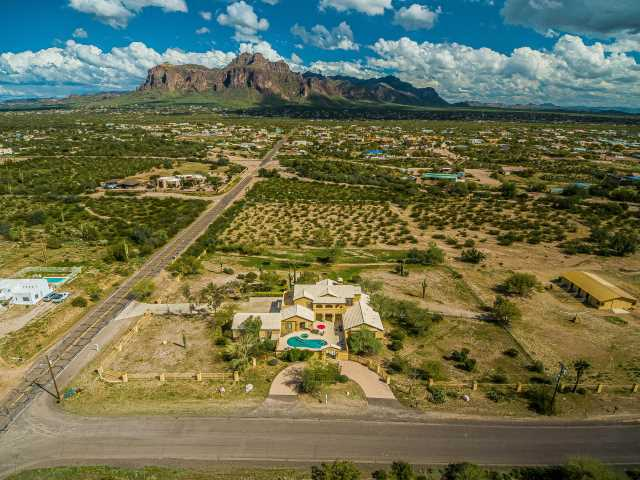 Photo of 1527 N WICKIUP Road, Apache Junction, AZ 85119