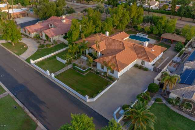 Photo of 1441 E LOS ARBOLES Drive, Tempe, AZ 85284