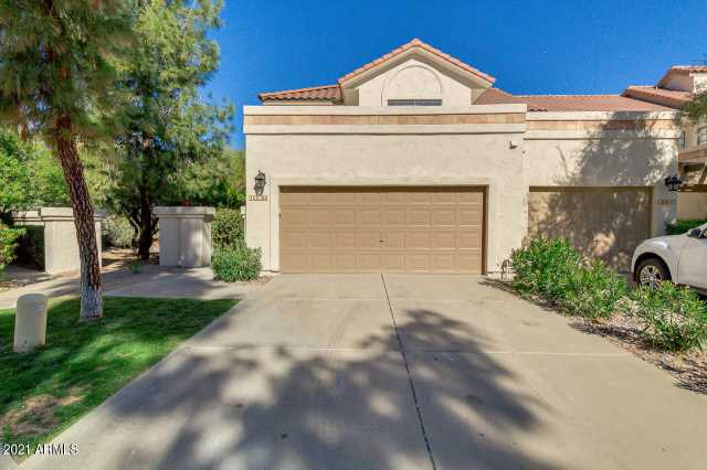 Photo of 9705 E MOUNTAIN VIEW Road #1050, Scottsdale, AZ 85258
