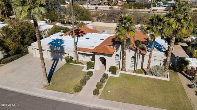 Photo of 10512 E CANNON Drive, Scottsdale, AZ 85258