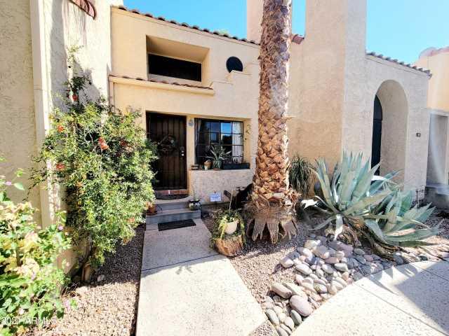 Photo of 1025 E HIGHLAND Avenue #26, Phoenix, AZ 85014