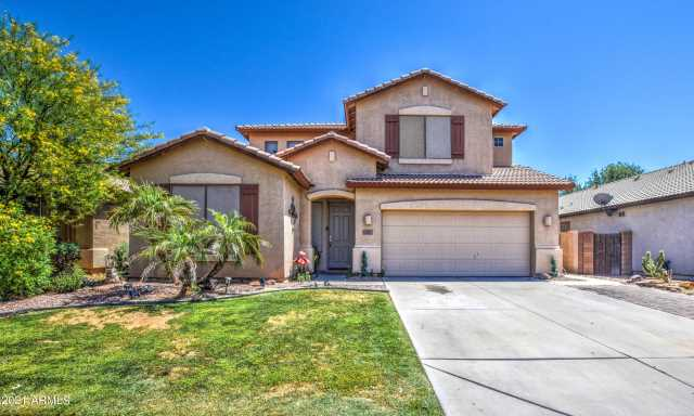 Photo of 221 S 123RD Drive, Avondale, AZ 85323