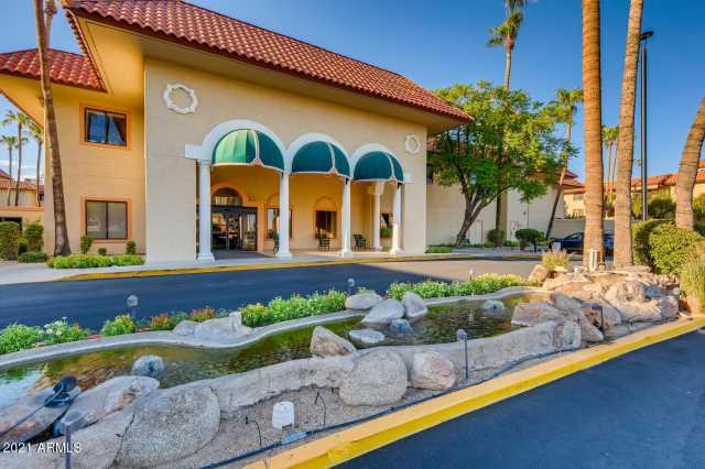Photo of 10330 W THUNDERBIRD Boulevard #C320, Sun City, AZ 85351