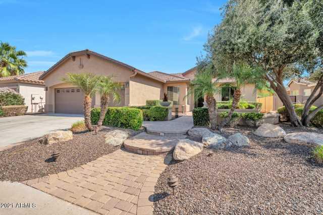 Photo of 16287 W CHEERY LYNN Road, Goodyear, AZ 85395