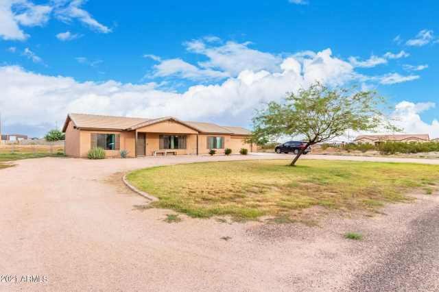 Photo of 34983 N CARRIAGE Lane, San Tan Valley, AZ 85140
