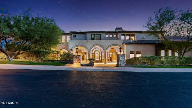 Photo of 3101 E OCOTILLO Road, Phoenix, AZ 85016