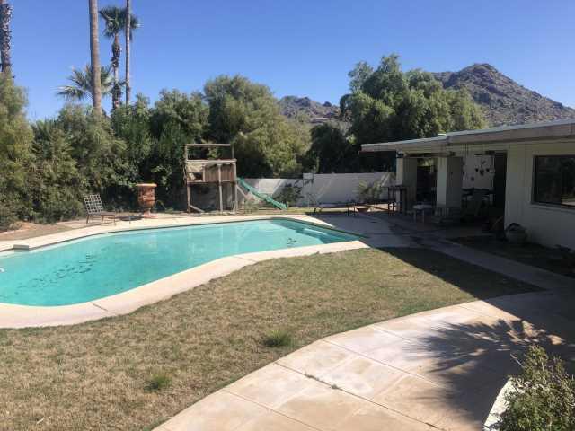 Photo of 4810 E HUMMINGBIRD Lane, Paradise Valley, AZ 85253