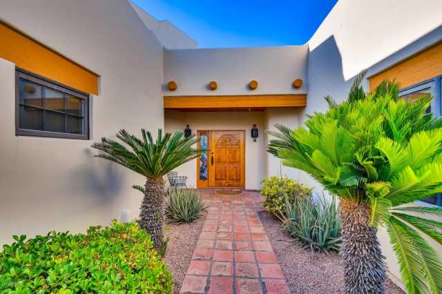 Photo of 110 E CONCORDA Drive, Tempe, AZ 85282