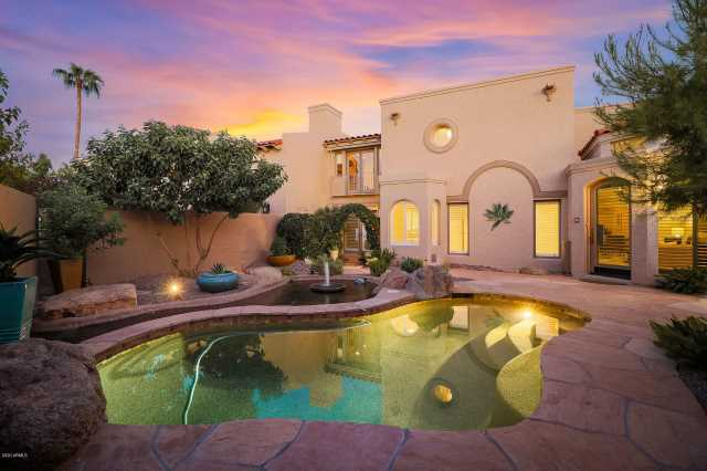 Photo of 8626 N 84TH Place, Scottsdale, AZ 85258