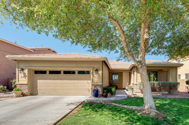 Photo of 4042 E WASHINGTON Avenue, Gilbert, AZ 85234